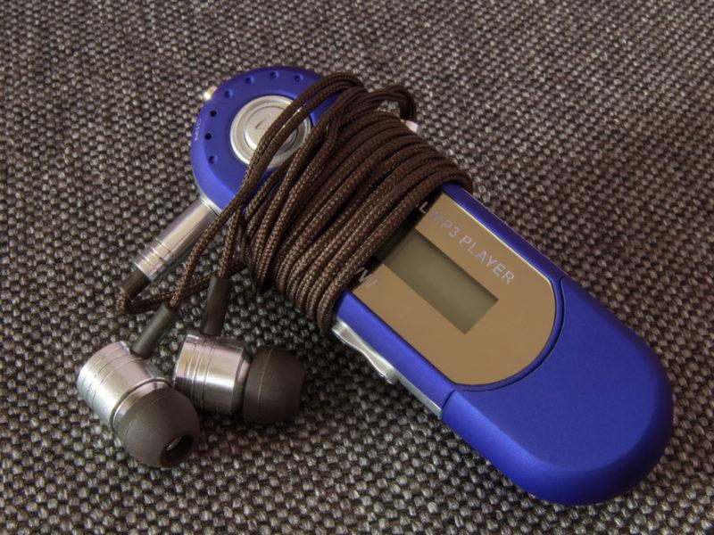 家電_MP3プレイヤーを持って旅に出る♪スマホと一緒に持ち歩くメリット