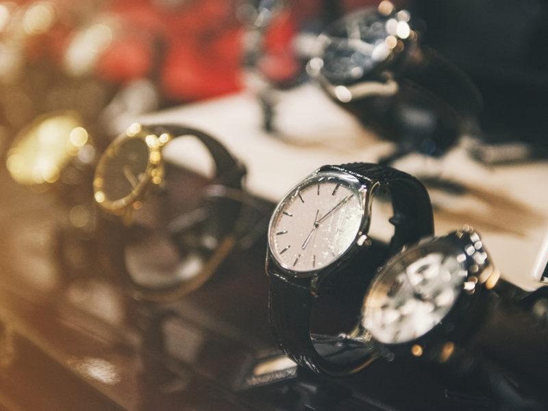 貴金属_ブランド時計を高価買取してもらうための知識